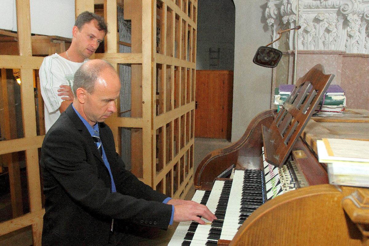 Example of the organ improvisation